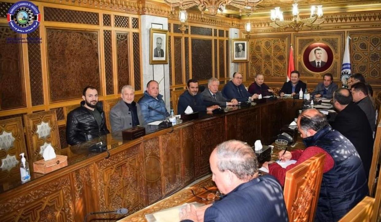 Photo of واقع الصناعة البلاستيكية باجتماع لغرفة دمشق وريفها ما بين الصعوبات وحاجة السوق