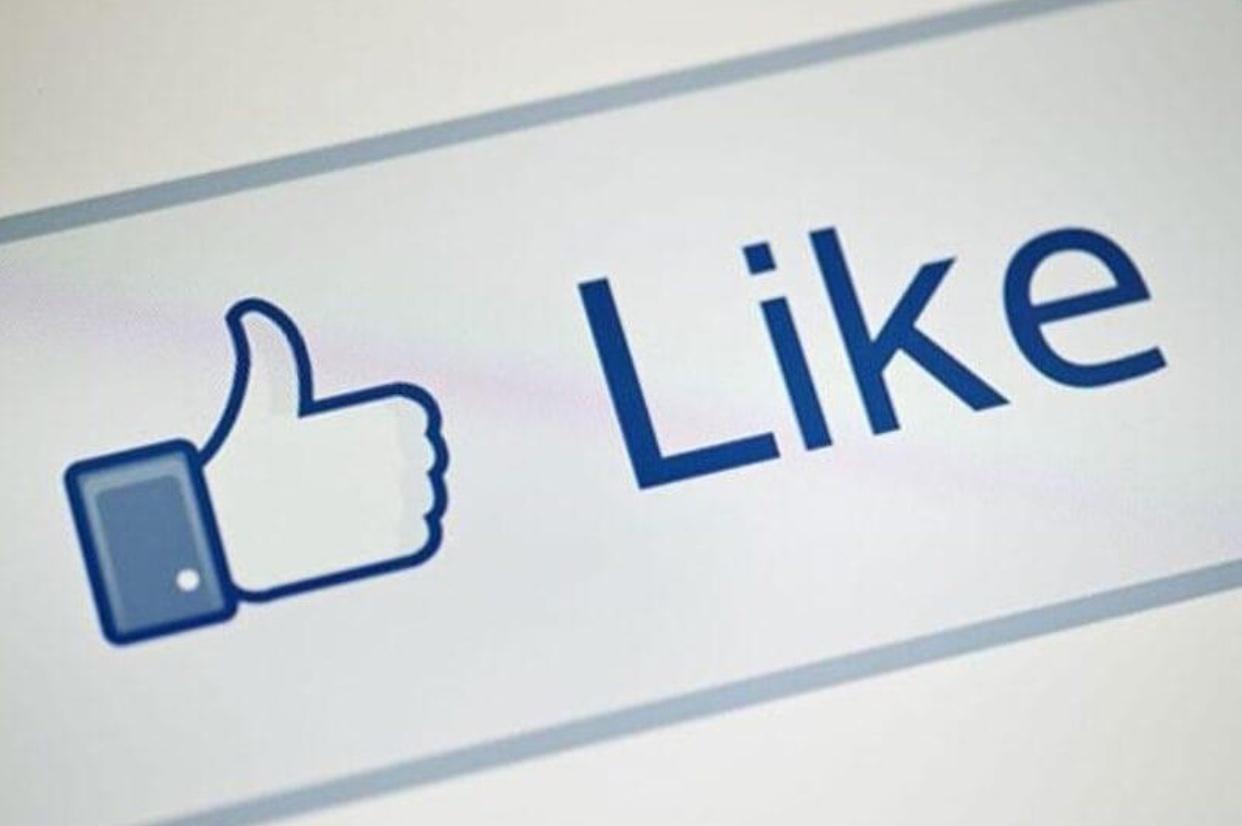 Photo of فيسبوك يلغي زر الإعجاب للصفحات العامة