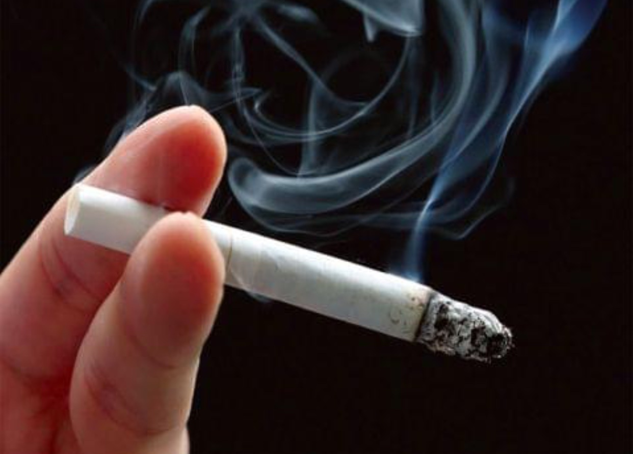 Photo of السوريون يدخنون بأكثر من 5 مليارات ليرة على الدخان الأجنبي خلال العام الماضي