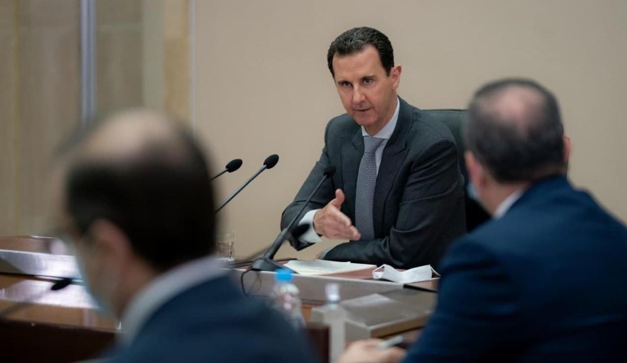 Photo of الرئيس الأسد يلتقي أعضاء المجلس الأعلى للإدارة المحلية والذي يعقد اجتماعاته اليوم في دمشق