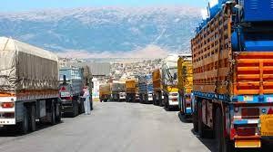 Photo of رسوم باهظة وخسائر كبيرة تطال الشاحنات السورية في معبر جابر الأردني